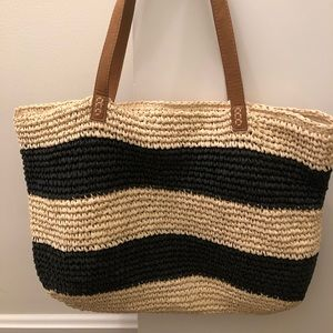 "Straw black and tan tote - 19"" L x 14"" T"